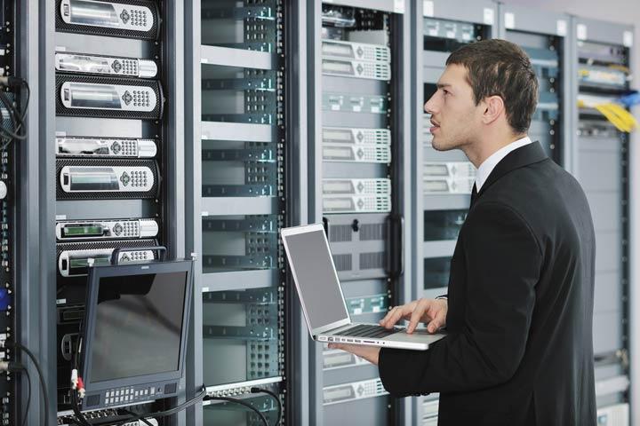 IT Wartungsvertrag - Stabilität für Server und Netzwerk